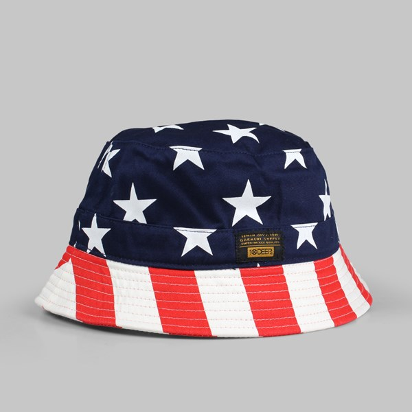 10DEEP THOMPSONS BUCKET HAT NAVY