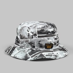 10DEEP WRECK BUCKET HAT WHITE