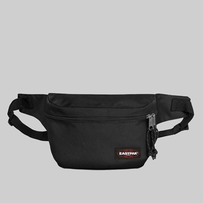 EASTPAK BANE BAG BLACK