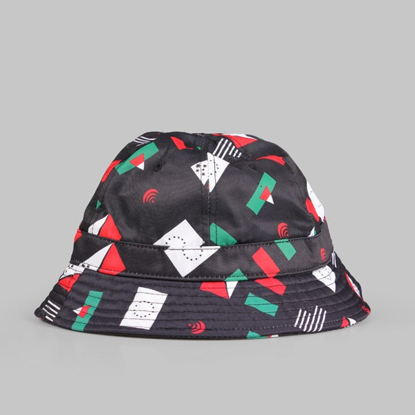 BLACK SCALE PANDEMIC BUCKET HAT BLACK