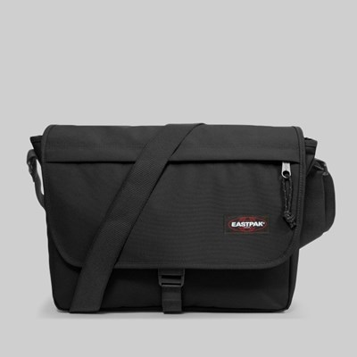 EASTPAK BUCKLER MESSENGER BAG BLACK