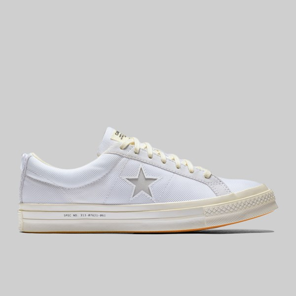 CONVERSE X CARHARTT WIP ONE STAR WHITE WHITE VIBRANT ORANGE