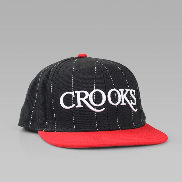 CROOKS & CASTLES SERIF CROOKS CAP BLACK-RED