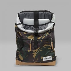 EASTPAK MACNEE BACKPACK INTO CAMO