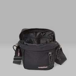 EASTPAK THE ONE SHOULDER BAG BLACK