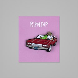 RIP N DIP FEAR & LOATHING PIN BADGE RED