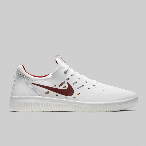 great quality free delivery lace up in NIKE SB NYJAH FREE PREMIUM SUMMIT WHITE TEAM ...
