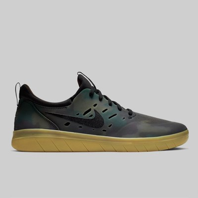 NIKE SB NYJAH FREE PREMIUM MULTI COLOR BLACK GUM