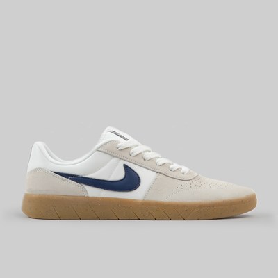 NIKE SB TEAM CLASSIC LIGHT CREAM OBSIDIAN GUM