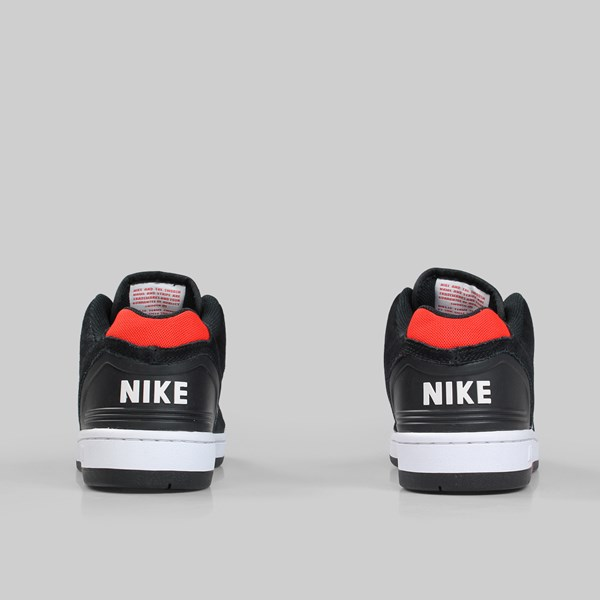 NIKE SB AIR FORCE II LOW BLACK ANTHRACITE WHITE RED