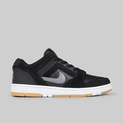 NIKE SB AIR FORCE II LOW BLACK GUNSMOKE WHITE GUM