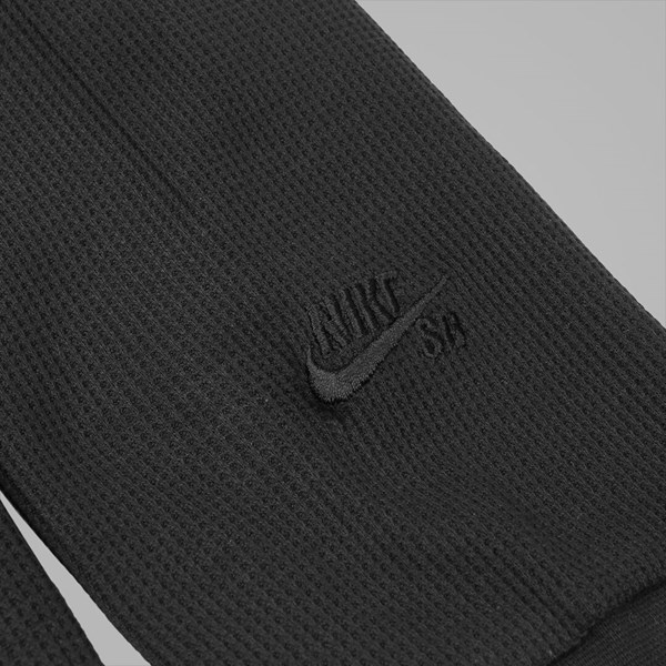 NIKE SB LONG SLEEVE THERMAL BLACK