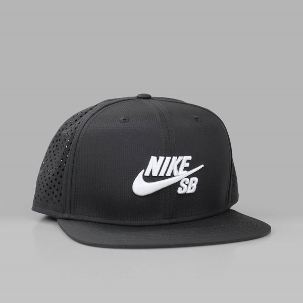 NIKE SB PERFORMANCE TRUCKER CAP BLACK BLACK