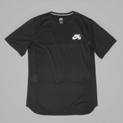 NIKE SB SKYLINE COOL SS T SHIRT BLACK WHITE