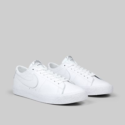NIKE SB ZOOM BLAZER LOW 'NBA PACK' WHITE RUSH BLUE RED