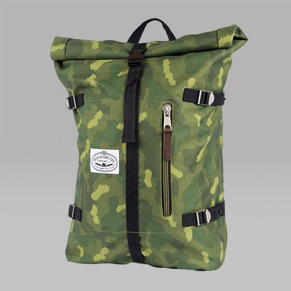 POLER RETRO ROLLTOP BACKPACK GREEN CAMO