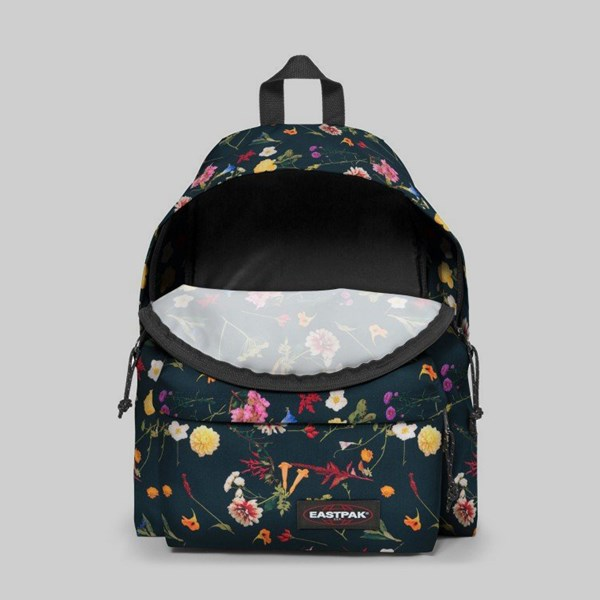 EASTPAK PADDED PAK'R BACKPACK BLACK PLUCKED