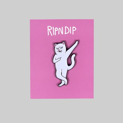 RIP N DIP RELAX PIN BADGE