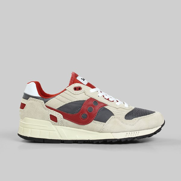 buy popular 345e9 aba10 SAUCONY SHADOW 5000 VINTAGE OFF WHITE GREY RED ...