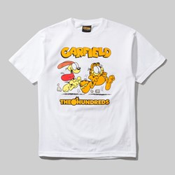 THE HUNDREDS X GARFIELD CHASE SS TEE WHITE