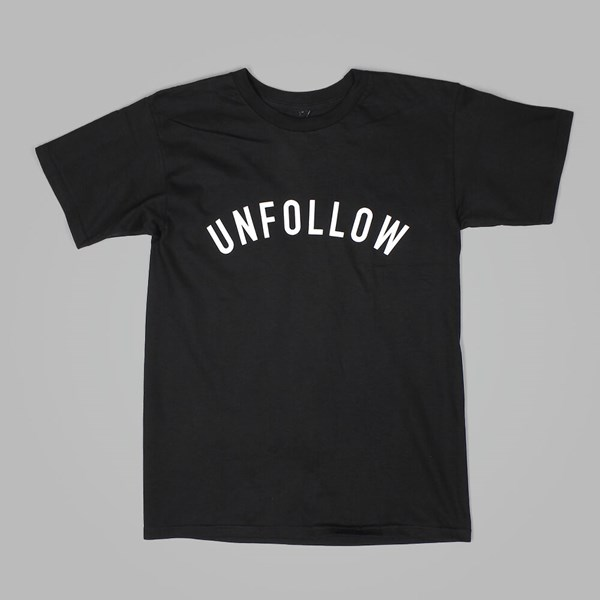 US VERSUS THEM UNFOLLOW TEE BLACK