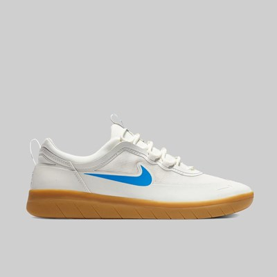 NIKE SB NYJAH FREE 2 SUMMIT WHITE LT PHOTO BLUE