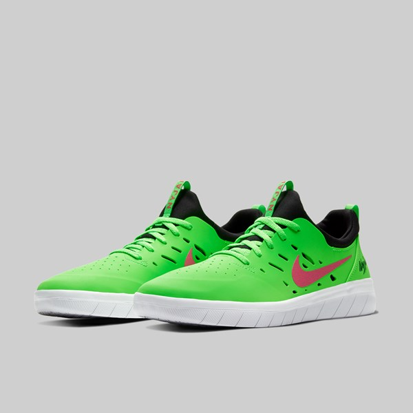 NIKE SB NYJAH FREE GREEN STRIKE WATERMELON