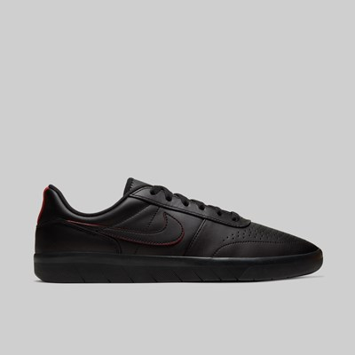 NIKE SB TEAM CLASSIC 'ANTONIO DURAO' BLACK UNIVERSITY RED