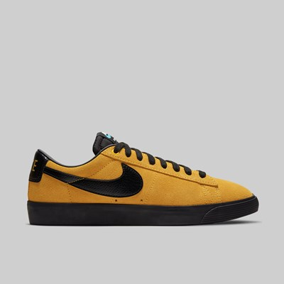 NIKE SB BLAZER LOW 'INVERT PACK' UNIVERSITY GOLD BLACK