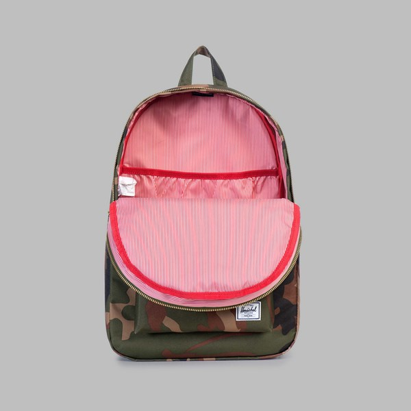 HERSCHEL SETTLEMENT BACKPACK WOODLAND CAMO