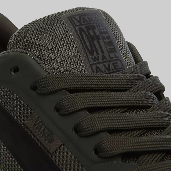 VANS AVE PRO (RAINY DAY) FOREST NIGHT BLACK
